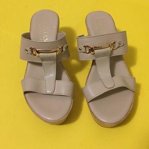 Italian shoemakers sandals beige color Sz 37